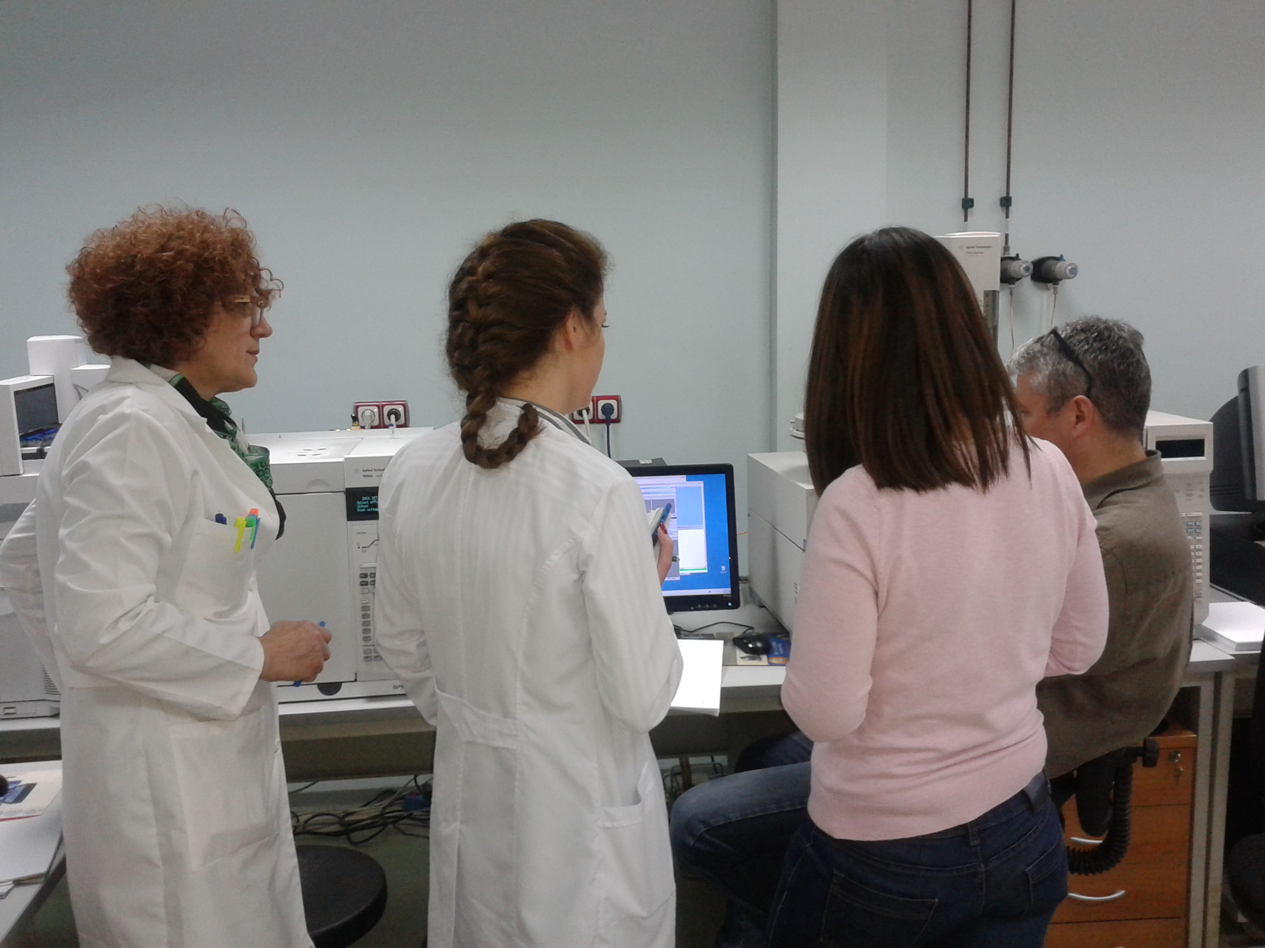Trainings in the Laboratory for Toxicology